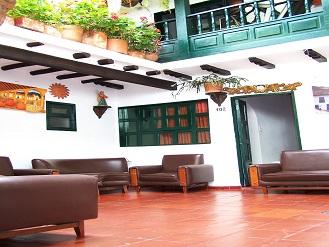 Hotel el corzo villa de leyva hoteles alquiler de casas for Hoteles con habitaciones en el agua